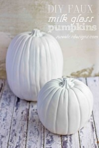 DIY faux milk glass pumpkins at sweetcsdesignscom - a beautiful way to decorate for fall and SO increadibly easy!