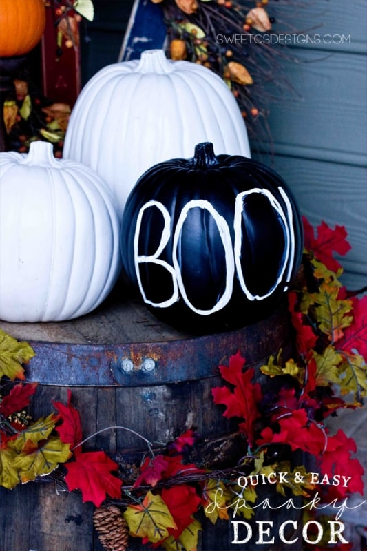 easy fall entryway decor- perfect last minute ideas for halloween!