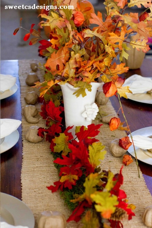 Add rustic moss, natural linen and paper mache for a last minute fall tablescape