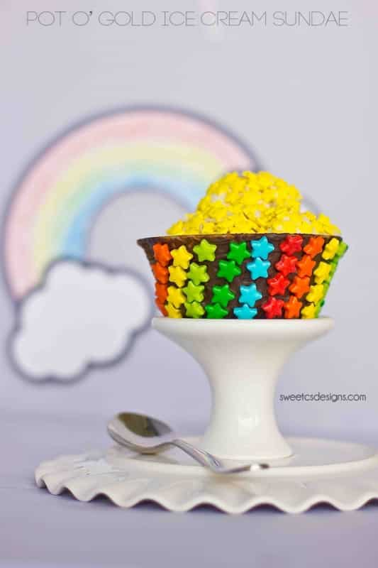 pot o gold ice cream sundae - this is so cute!