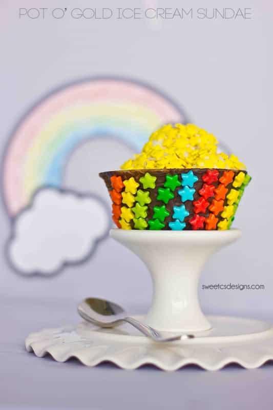 pot o gold ice cream sundae - this is so cute!